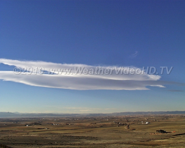 Lonely Lenticular A long wave cloud lee of the the mountains