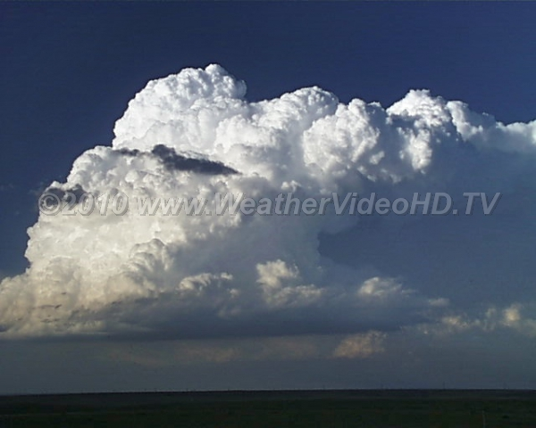 Thunderstorm Birth An explosively growing convective cloud (updrafts possibly well over 50 mph)