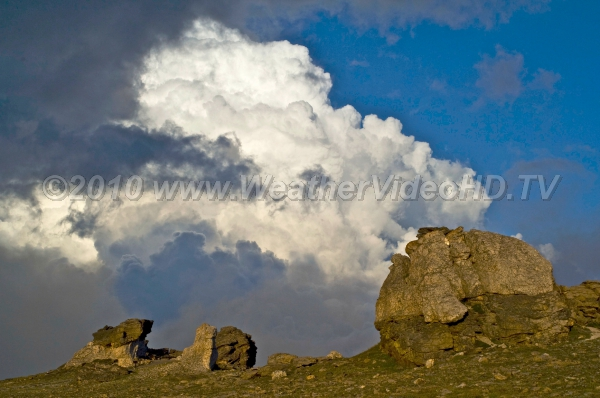 Cumulus Congestus Deep convection begins to boil over a heated mountain slope