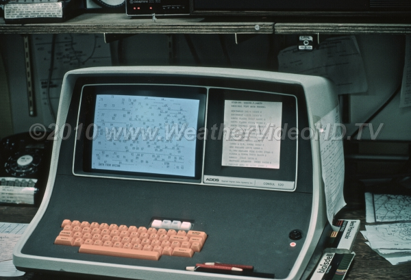 Computerized Weather By the mid-1980s, computerized weather data display systems became available