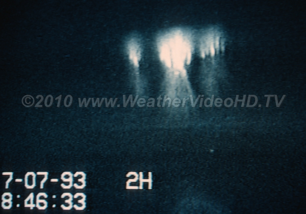Sprites over Kansas Storms Among the very first sprites intentionally imaged using ground cameras (1993)