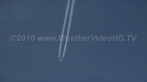 "Jet ""Streaming"" A classic contrail from a commercial jet"