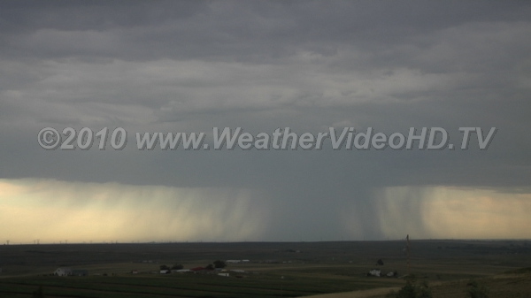 Downbursts Rain falling into dry PBL causes downbursts and strong, turbulent winds