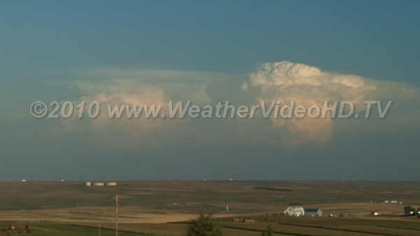 Dry Line Storms Deep convection viewed from the dry side of the High Plains moisture discontinuity