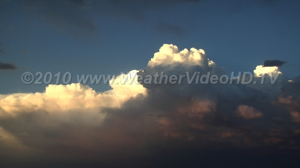 Evening Convection Convective clouds begin vertical development as the sun sets