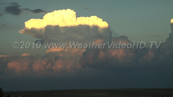 Explosive Convection Intense thunderstorm development in very unstable airmass at sunset