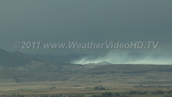 Wild Wildfire! Wildfire smoke being ripped apart by downslope wind storm