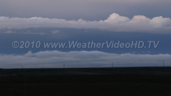 Low Level Shear Low clouds moving in opposite directions in outflow region of thunderstorm