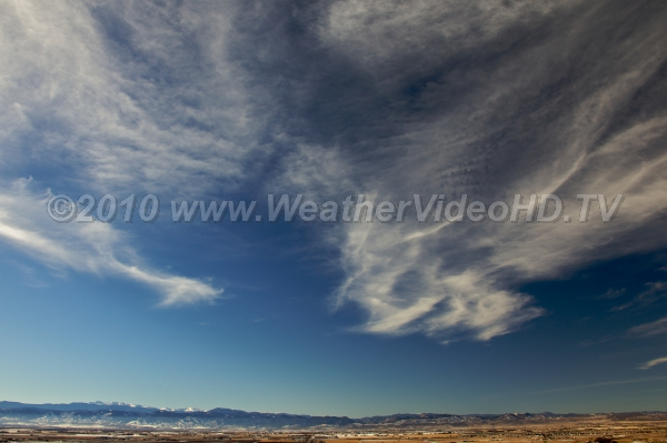 Wavy Cirrus Mountain wave motions extend all the way upwards to cirrus cloud levels